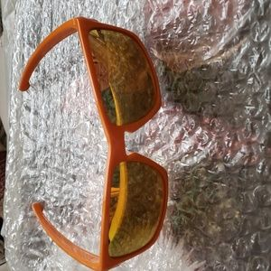 New Oakley Sunglasses. Orange /Polarized Lenses